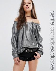 Трикотажный джемпер металлик с открытыми плечами Glamorous Petite - Серый