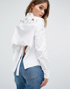 Рубашка с вышивкой и открытой спиной Blank NYC - Синий