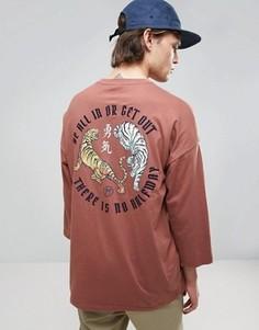 Oversize-футболка с рукавами 3/4, принтом на спине и вышивкой ASOS - Красный