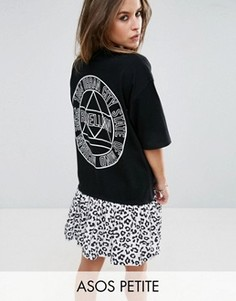 Платье-футболка со звериным принтом ASOS PETITE - Черный