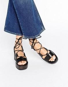 Черные сандалии на платформе со шнуровкой Vagabond Noor - Черный