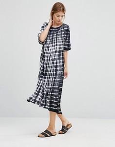 Платье с принтом тай-дай NYTT Tae - Черный