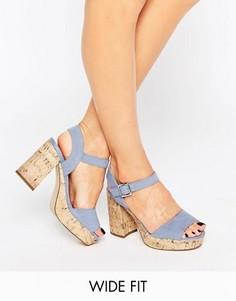 Босоножки для широкой стопы на каблуке под замшу New Look - Синий
