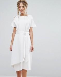 Платье миди с открытыми плечами и юбкой с запахом Closet London - Белый