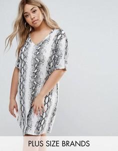 Платье-футболка со змеиным принтом Missguided Plus - Белый