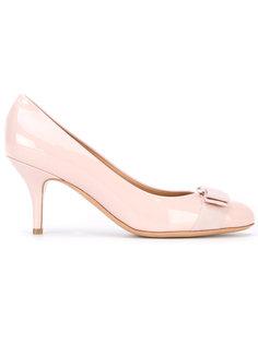 туфли на невысоких каблуках Vara  Salvatore Ferragamo