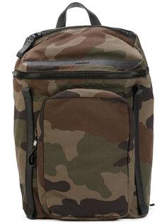 камуфляжный рюкзак Moncler