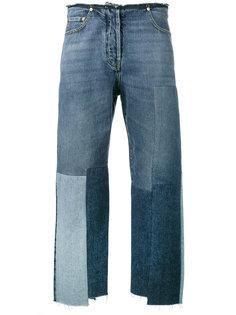 джинсы бойфренды с заплатками Valentino
