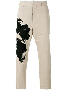 зауженные брюки с цветочной нашивкой Ports 1961