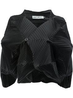 плиссированная рубашка архитектурного кроя Issey Miyake