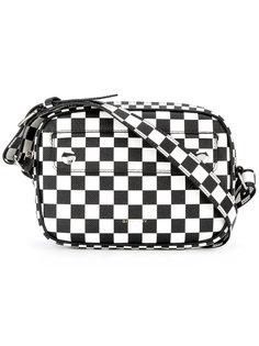 сумка-почтальонка в шашечку Givenchy