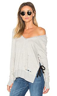 V-neck side slit sweatshirt - Pam & Gela