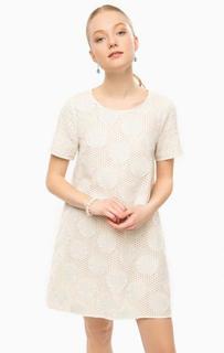 Короткое платье молочного цвета Think Chic