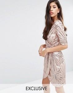 Украшенное пайетками платье-кимоно с запахом Club L - Золотой