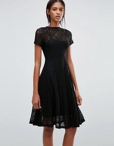 Кружевное расклешенное платье миди Goldie Romantics - Черный