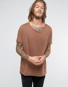 Коричневая длинная футболка с эластичной горловиной ASOS - Коричневый