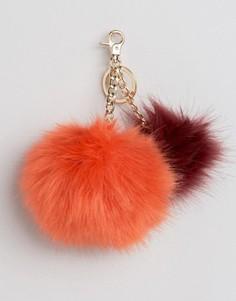 Меховой брелок на сумку Urbancode - Красный