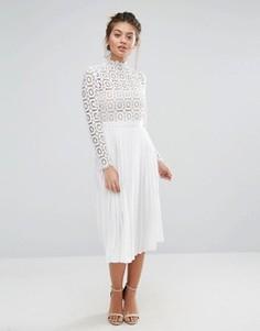 Кружевное плиссированное платье миди Little Mistress Premium - Белый