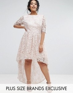 Кружевное платье Chi Chi London Plus - Серый