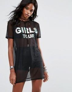 Сетчатое платье-футболка с принтом Girls Tour Missguided - Черный
