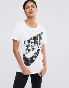 Футболка с короткими рукавами и большим логотипом Nike - Белый