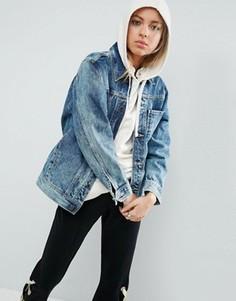 Синяя джинсовая куртка с эффектом кислотной стирки и одним карманом ASOS - Синий