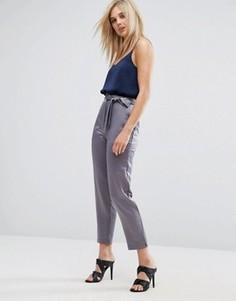 Атласные брюки-галифе с разрезами у кромки и поясом ASOS - Серый