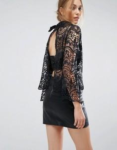 Кружевная блузка с открытой спиной и нижним топом на бретельках Boohoo - Черный
