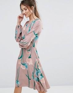 Платье с рукавами-колокол Closet - Мульти