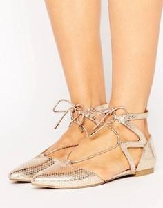 Блестящие туфли на плоской подошве с вырезами Call It Spring Ikie - Золотой