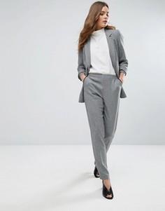 Строгие брюки узкого кроя New Look - Черный