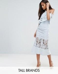 Кружевное платье миди с открытыми плечами Jarlo Tall - Синий