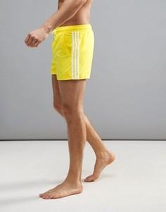 Укороченные шорты для плавания adidas 3SA - Желтый