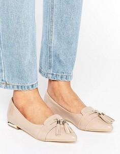 Туфли на плоской подошве с кисточками и острым носком Miss KG Nikki - Бежевый