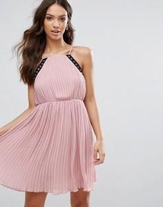 Короткое приталенное платье Glamorous - Розовый