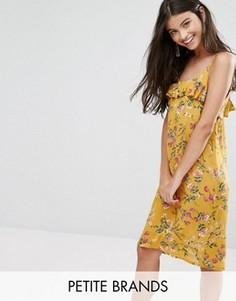 Платье на тонких бретельках с оборкой сверху Yumi Petite - Желтый
