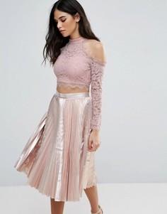 Кружевной кроп-топ с открытыми плечами и длинными рукавами Love & Other Things - Розовый