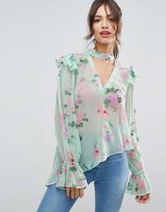 Блузка мятого цвета с цветочным принтом и вырезом ASOS - Мульти
