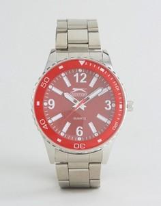 Серебристые часы с красным циферблатом Slazenger - Серебряный
