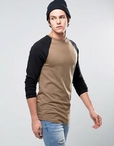 Длинная обтягивающая футболка с контрастными рукавами реглан ASOS - Коричневый