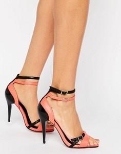 Сандалии на каблуке с ремешками Little Mistress - Красный