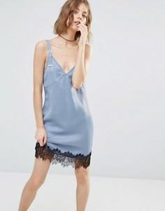 Платье-комбинация с кружевной отделкой First & I - Синий