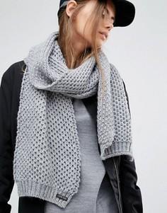Серый вязаный шарф Calvin Klein - Серый