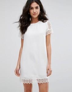 Платье с короткими рукавами и кружевной отделкой Darling - Кремовый