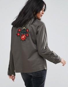 Легкая куртка с вышивкой Kubban - Зеленый