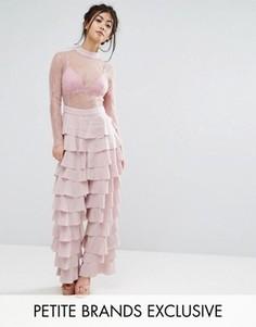 Комбинезон с кружевным верхом и оборками True Decadence Petite - Розовый
