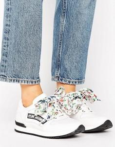 Кроссовки с бантиками Love Moschino - Белый