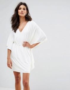 Облегающее платье с V-образным вырезом и рукавами-oversize Club L - Кремовый