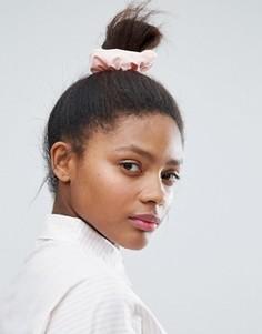Джинсовая резинка для волос Monki - Розовый