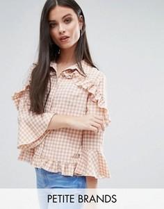 Блузка в клетку с оборками Missguided Petite - Розовый